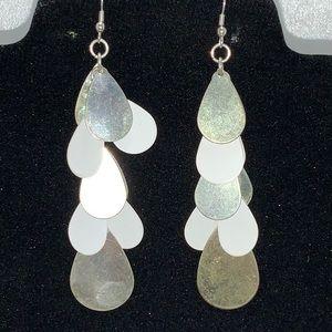Jewelry - ♥️3$10♥️ Teardrop long Earrings White Enamel